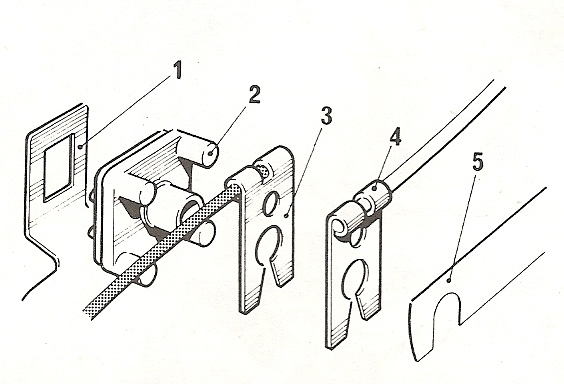 Volgorde isolator delco condensator en contactpunt
