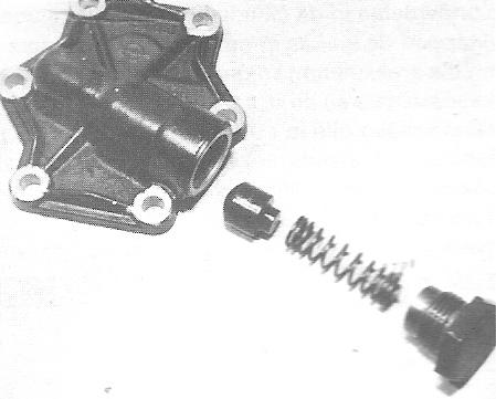 Oliepomp deksel met overdruk ventiel